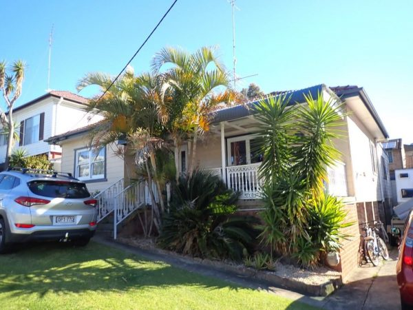 P7054173 - Building & Pest Report - 54 Grey St Keiraville